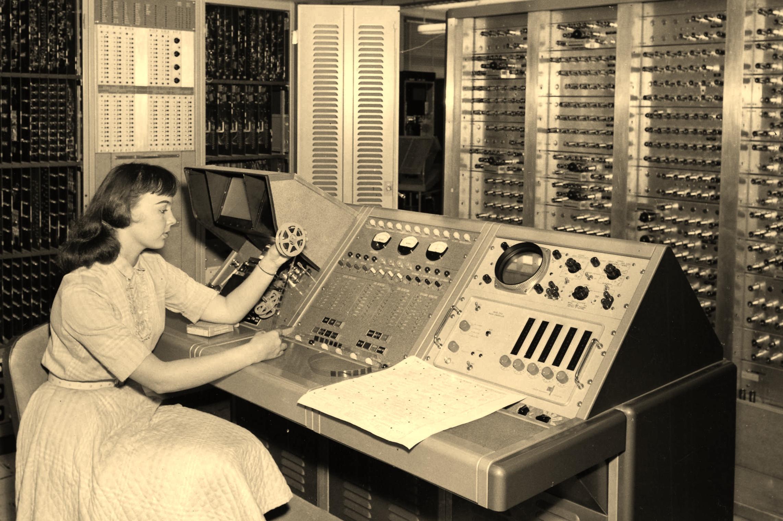 D2SI_Blog_Image_Vintagecomputers